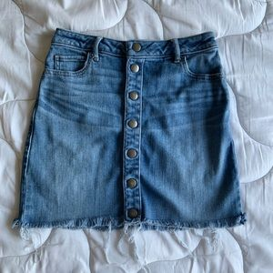Abercrombie & Fitch jean miniskirt size 25